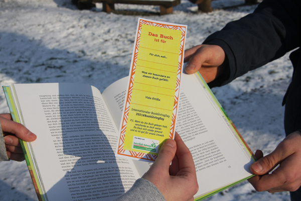 NaturGut Ophoven stellt Lesezeichen zum Verschenken ins Netz.